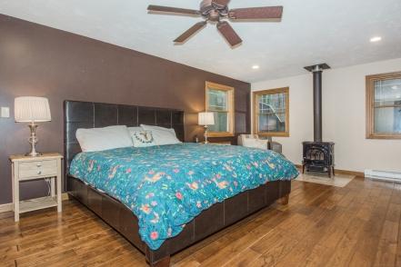 12 Master Bedroom-2